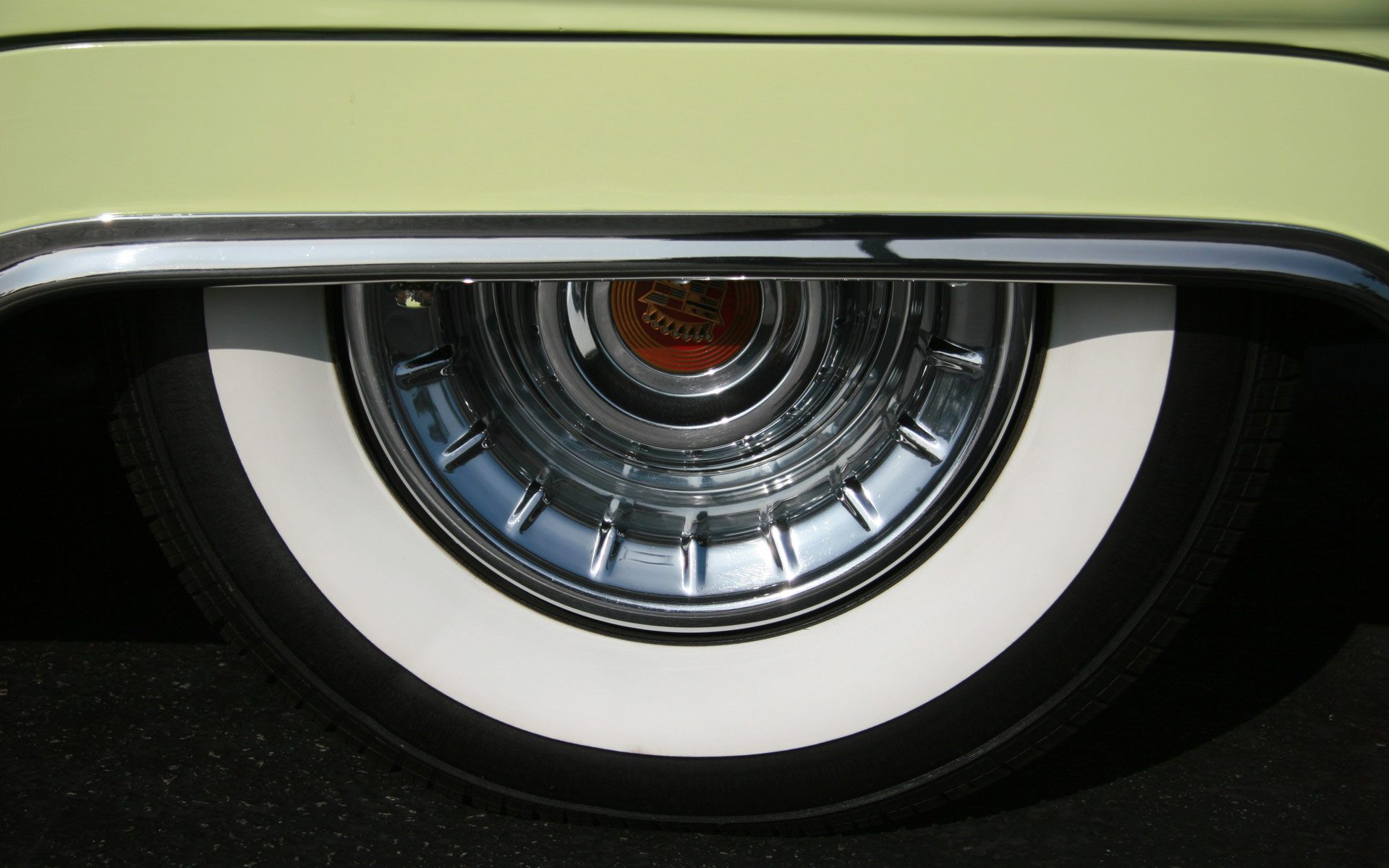Standout Image - Retro car wheel