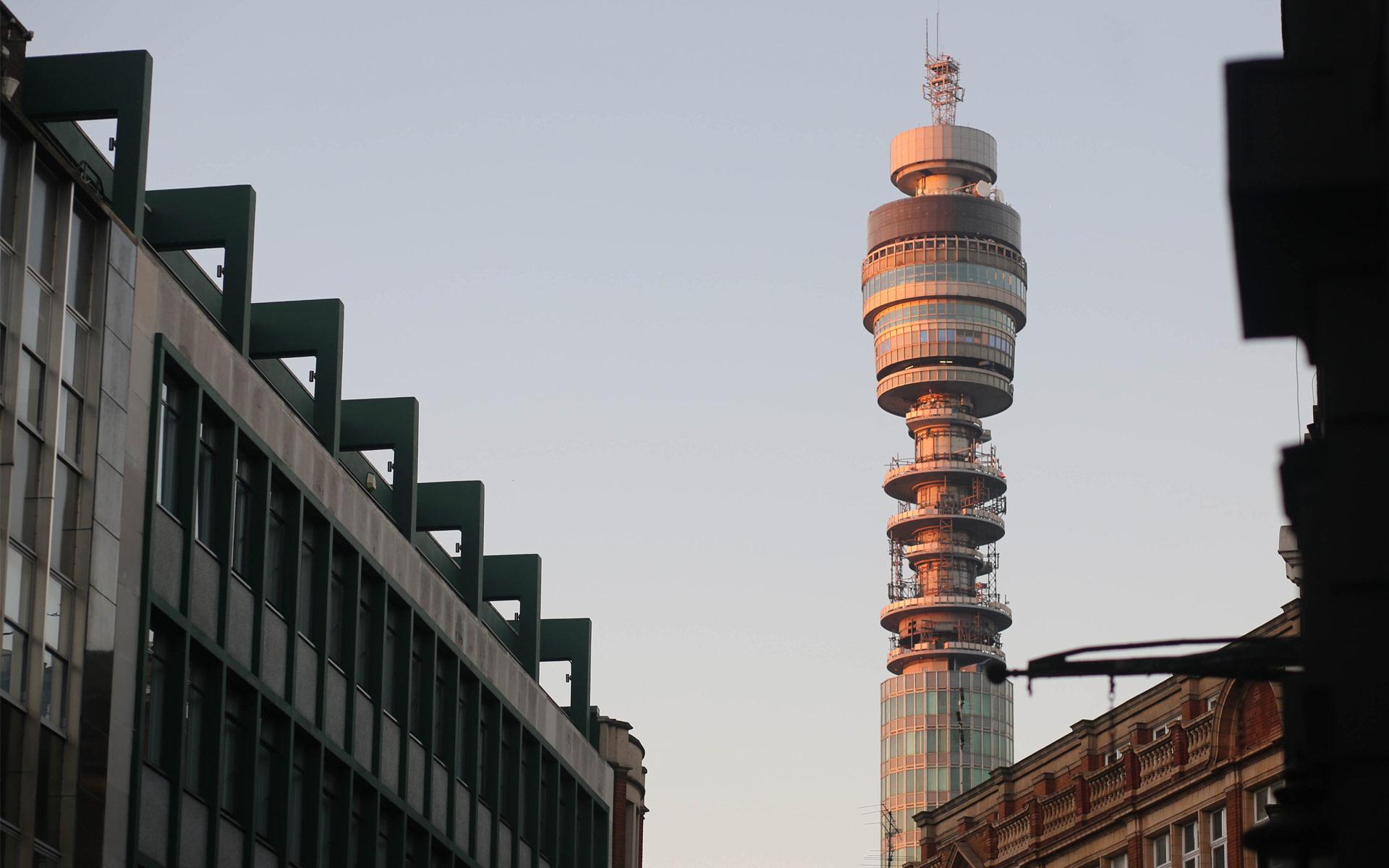 Standout - Telecommunications