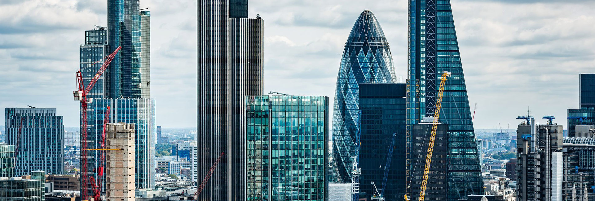 Full Hero - Case Study - Hiscox - City of London